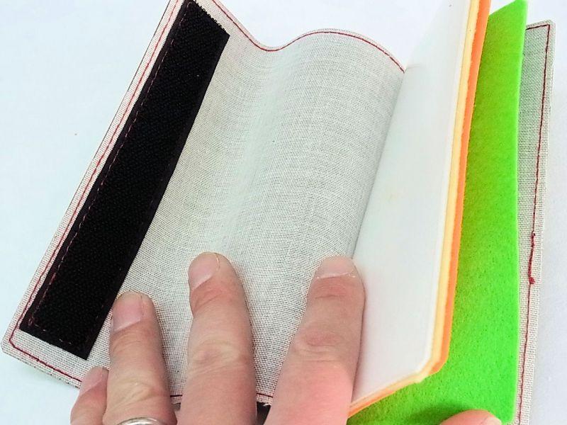 画像2: タナゴ、小鮒用針ケース ワイドタイプ