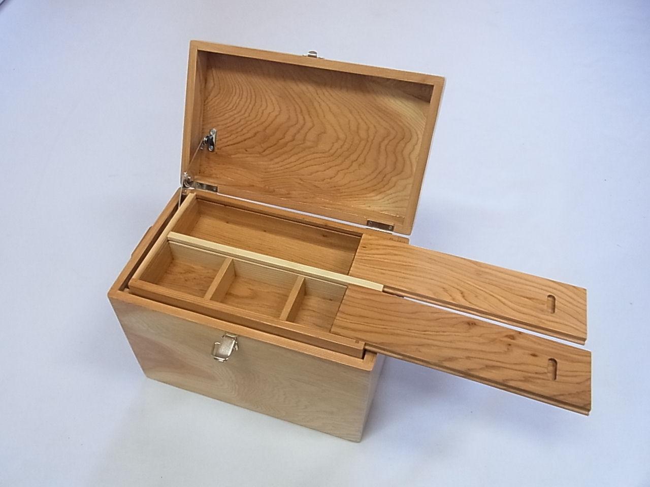 画像2: 感謝価格 35%引き! 国産杉材使用 合切箱 鏡面仕上げ なかごスライド開閉  ベルト付き