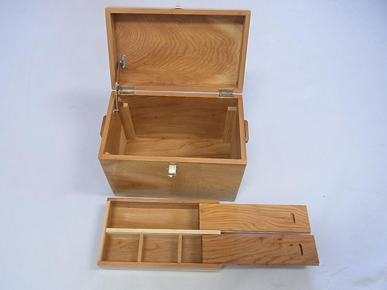 画像3: 感謝価格 35%引き! 国産杉材使用 合切箱 鏡面仕上げ なかごスライド開閉  ベルト付き