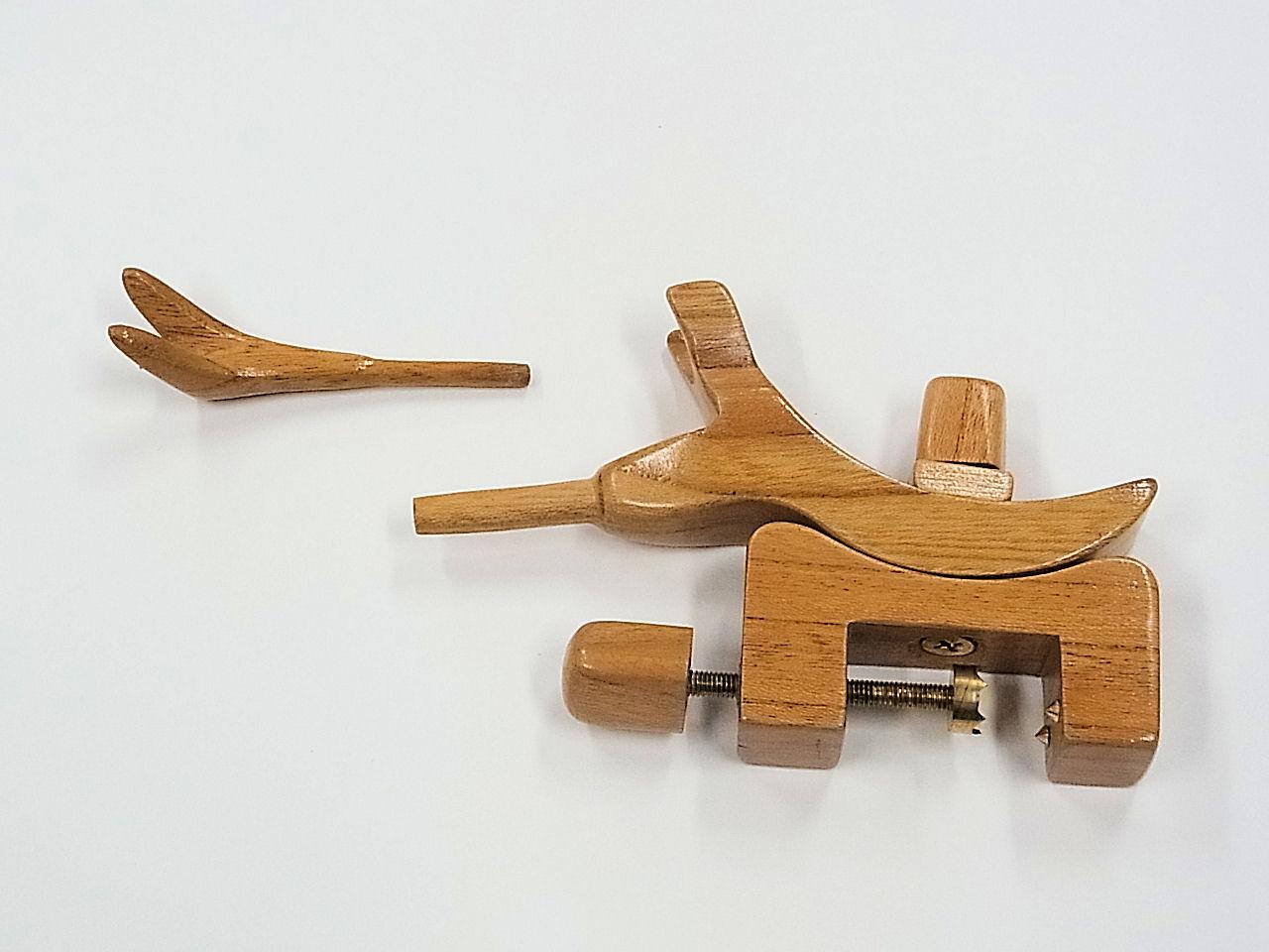 画像1: 感謝価格!タナゴ、小鮒用 欅材使用万力 欅材使用先受け付き