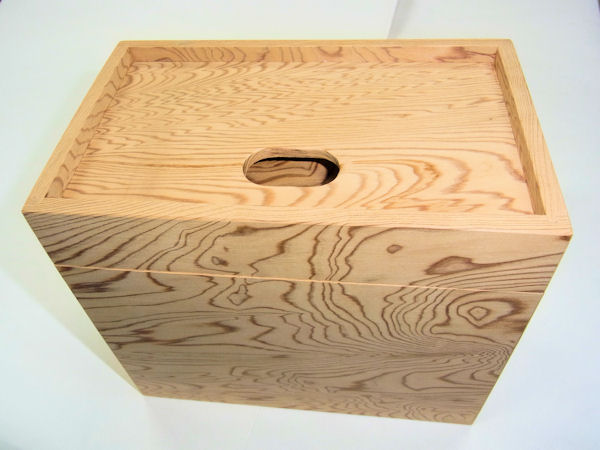 画像1: 総屋久杉材使用 水箱 なかごスライド開閉 ベルト付き