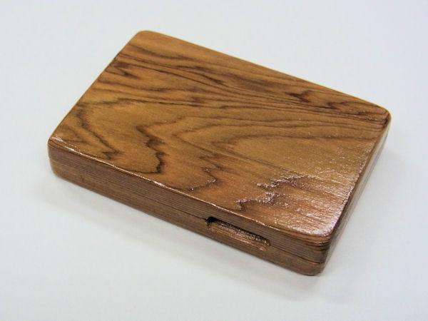 画像1: 職人手作り!高級屋久杉材使用 タナゴ用針ケース