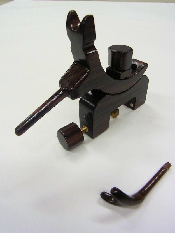 画像1: タナゴ、小鮒用 黒檀材使用万力 大  黒檀材使用先受け付き 真鍮金具