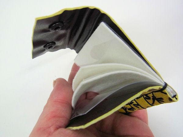 画像2: ベストフィッシングオリジナル 鹿革 印伝 漆 トンボ柄 タナゴ用針ケース
