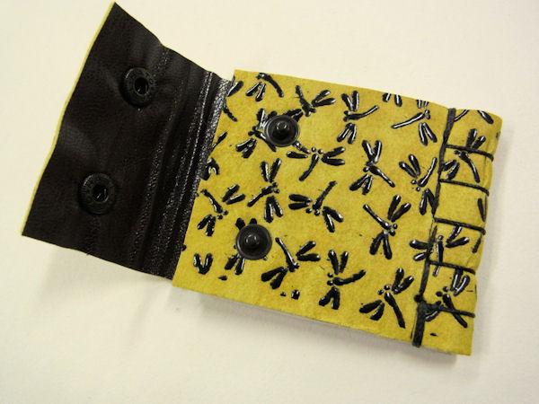 画像4: ベストフィッシングオリジナル 鹿革 印伝 漆 トンボ柄 タナゴ用針ケース