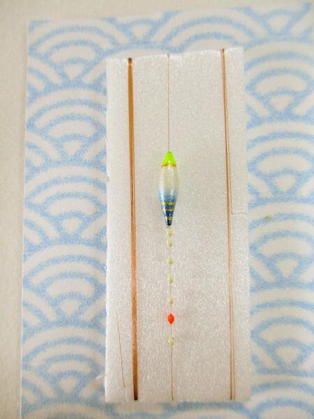画像1: 手作りバラタナゴ釣り用 極小細身真ん中通し仕掛け ライングラデーション 白紺 モノスレッドSブラウン山吹